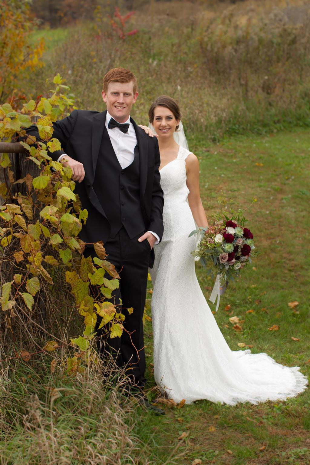 Brooke Gabbert ('13) and Wes Pakala were married on October 16, 2016 in Nelson, Wisconsin.